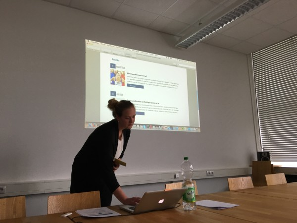 Lisa #2 presenting a new and improved website design for Kreissportbund